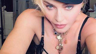 В белье и фуражке украинского дизайнера: Мадонна демонстрирует новый сексуальный образ-320x180