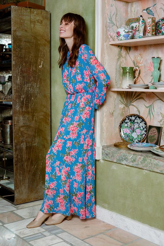 Сон в летнюю ночь: 7 женственных платьев 2021 года по мотивам нового образа Тейлор Свифт-Фото 6