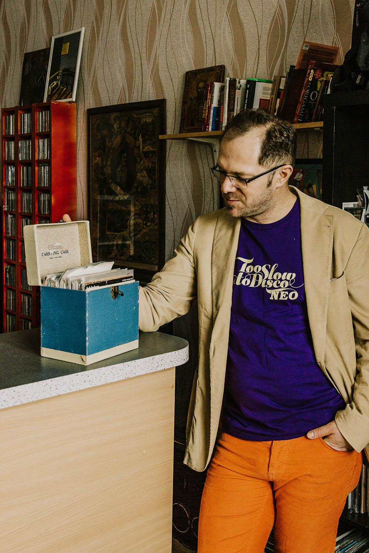 Які платівки колекціонує Антон Птушкін? — Аристократи і Влад Фісун запустили ютуб-шоу про вініл-Фото 1