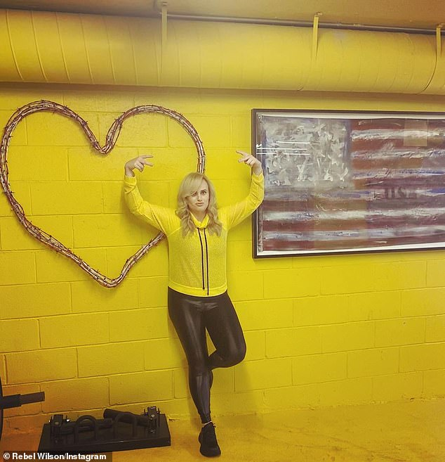 РебелУилсон демонстрирует легинсы, которые полюбились голливудским звездам-Фото 1