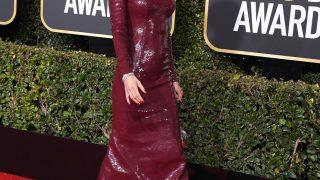 Голливудская классика: Знаковые образы Николь Кидман с церемоний «Золотого глобуса»-320x180