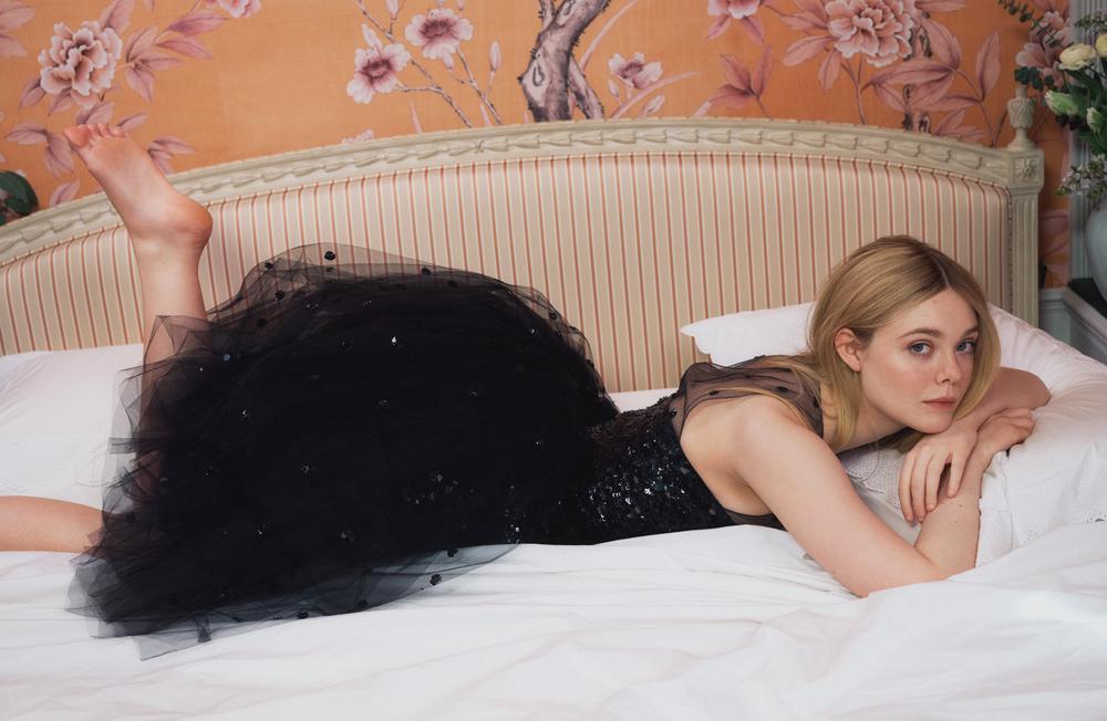 Беременная Кирстен Данст,ЭльФаннинги Рашида Джонс снялись в фотосессии под руководством СофииКопполы-Фото 5