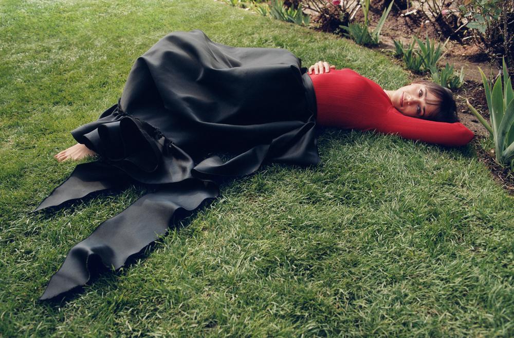 Беременная Кирстен Данст,ЭльФаннинги Рашида Джонс снялись в фотосессии под руководством СофииКопполы-Фото 6