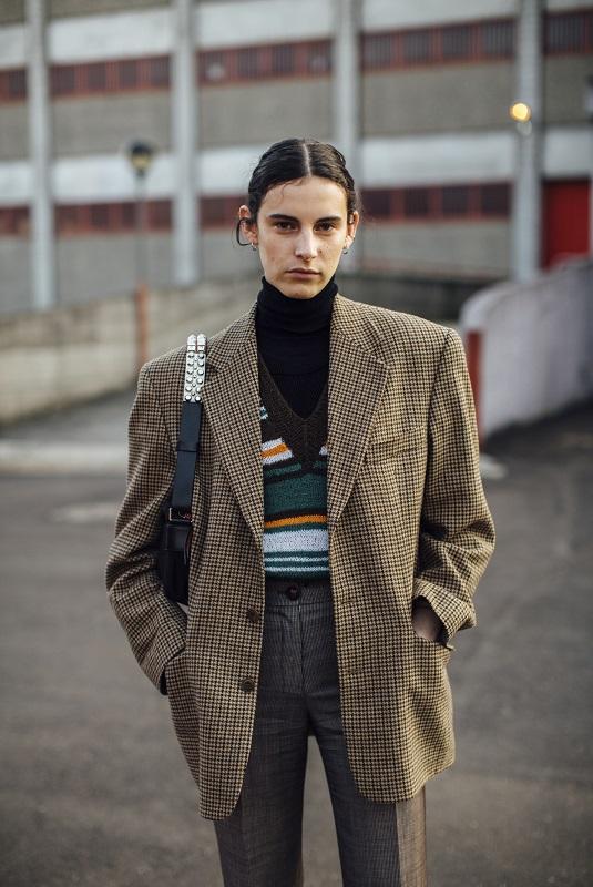 Стильный момент: Главныеstreetstyle-тренды на Неделе моды в Милане зимы 2021-Фото 7