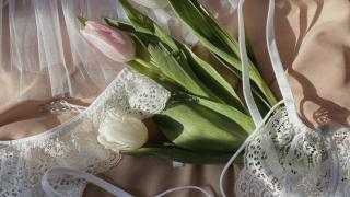 8 березня: варіанти подарунків від редакції Marie Claire-320x180