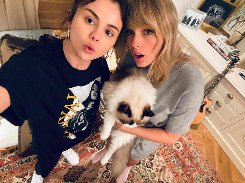 Bestfriendsforever: Селена Гомес показала редкое фото с лучшей подругой — Тейлор Свифт-Фото 2