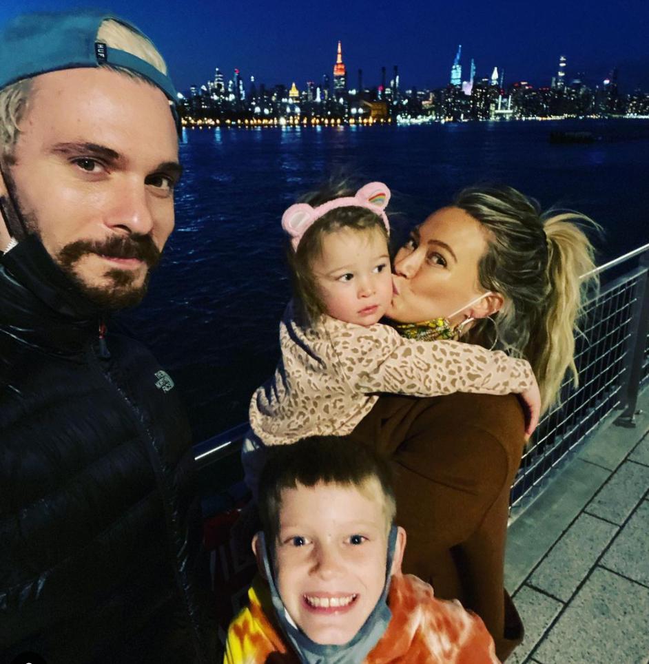 Хилари Дафф поделилась первой фотографией нового состава своей семьи-Фото 3