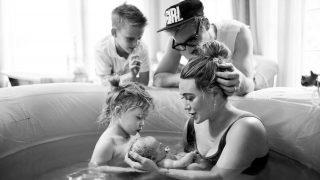 Хилари Дафф поделилась первой фотографией нового состава своей семьи-320x180