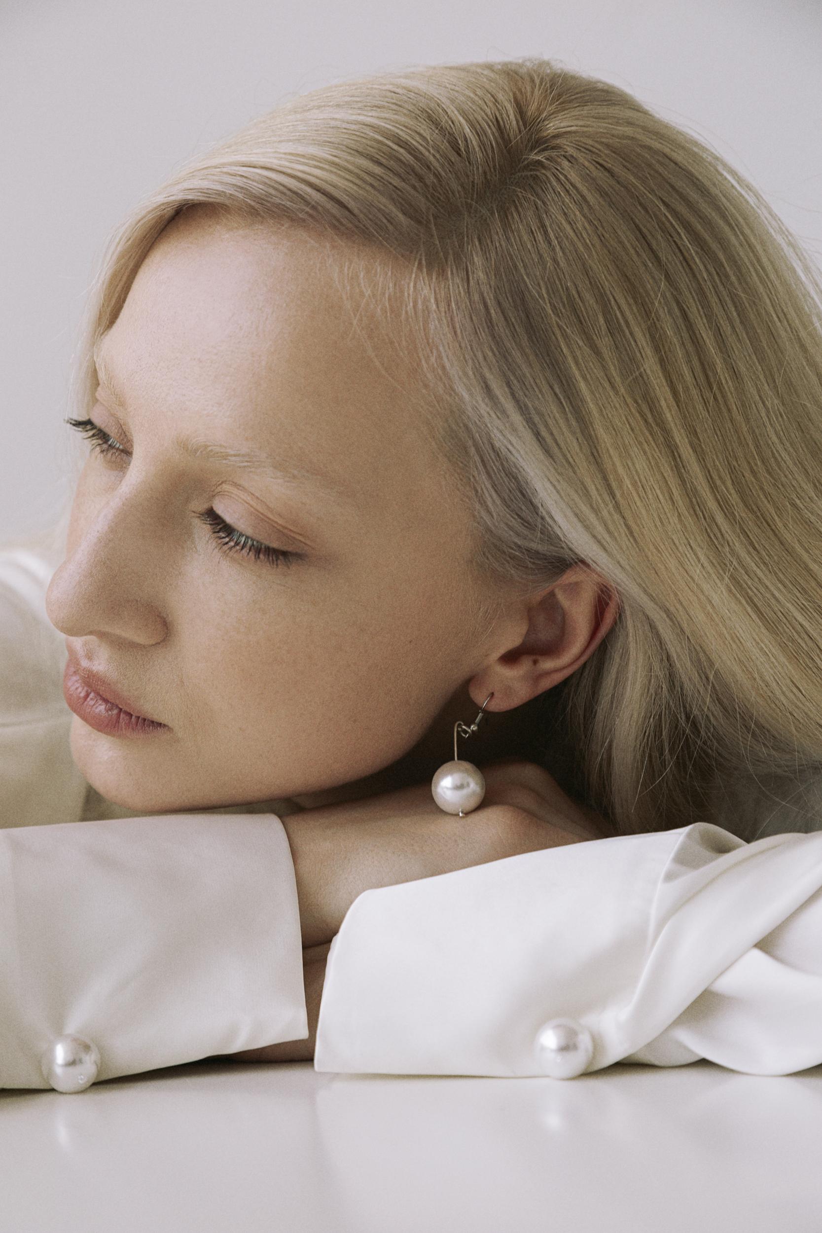 15-летие бренда Elena Burenina, в основе которого лежат принципы минимализма и деконструкции-Фото 6