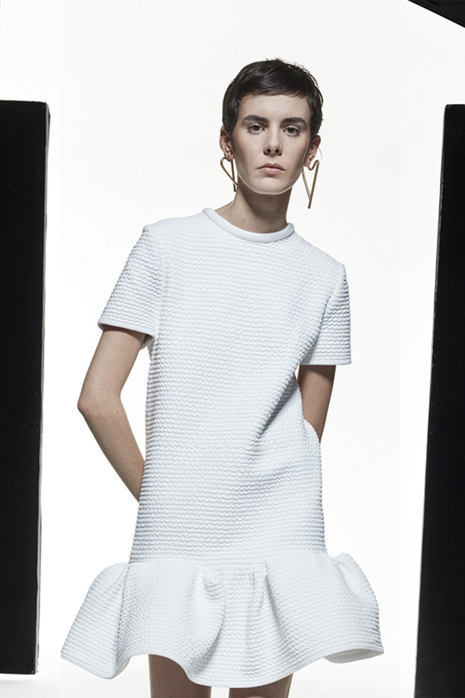 Простые истины: Трендлокдауна и универсальное платье весны 2021-Фото 6