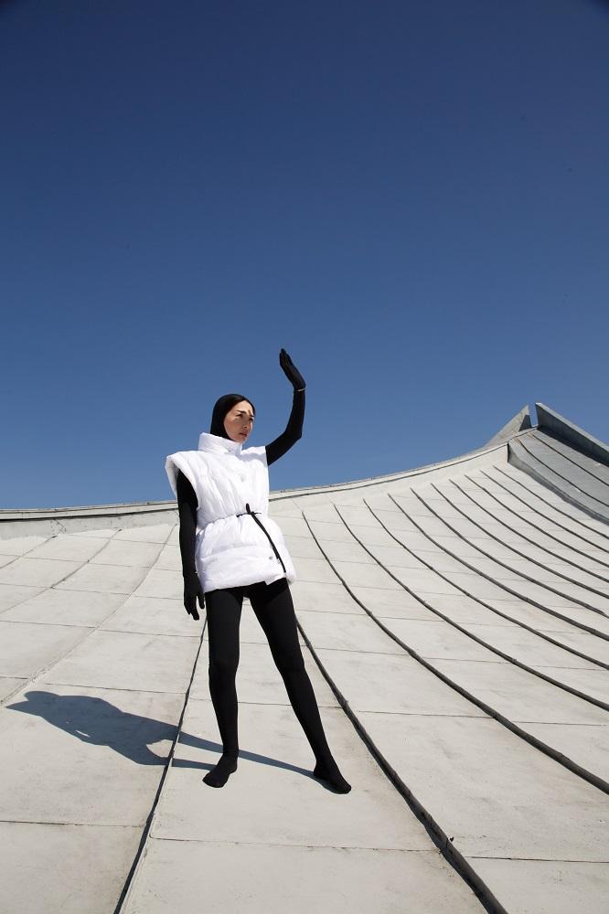 NEBESITE презентували новий весняний кампейн, знятий на даху Будинку Меблів-Фото 2
