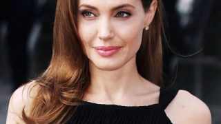 Анджелина Джоли призналась, что семейные проблемы мешали ей заниматься режиссурой-320x180