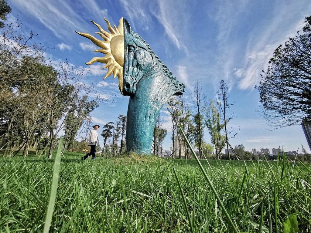 Small Talk: Володимир Цісарик, автор колекції Quarantine Art та скульптури для Тіни Кароль-Фото 6