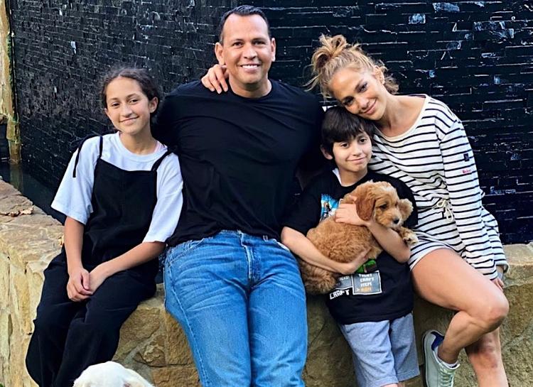 Это официально: Названа причина разрыва Дженнифер Лопес и Алекса Родригеса-Фото 2