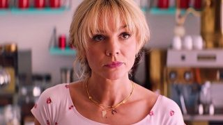 "Претендентка на ""Оскар"" 2021 КэриМаллиганпосвятила очередную кинонаграду скончавшейся ХеленМаккори-320x180"