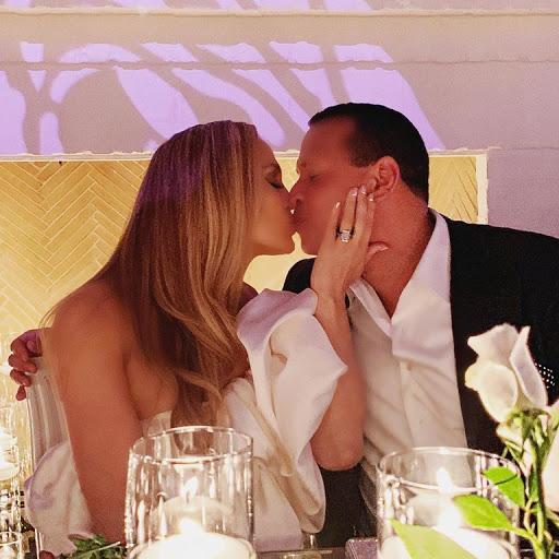 Это официально: Названа причина разрыва Дженнифер Лопес и Алекса Родригеса-Фото 1