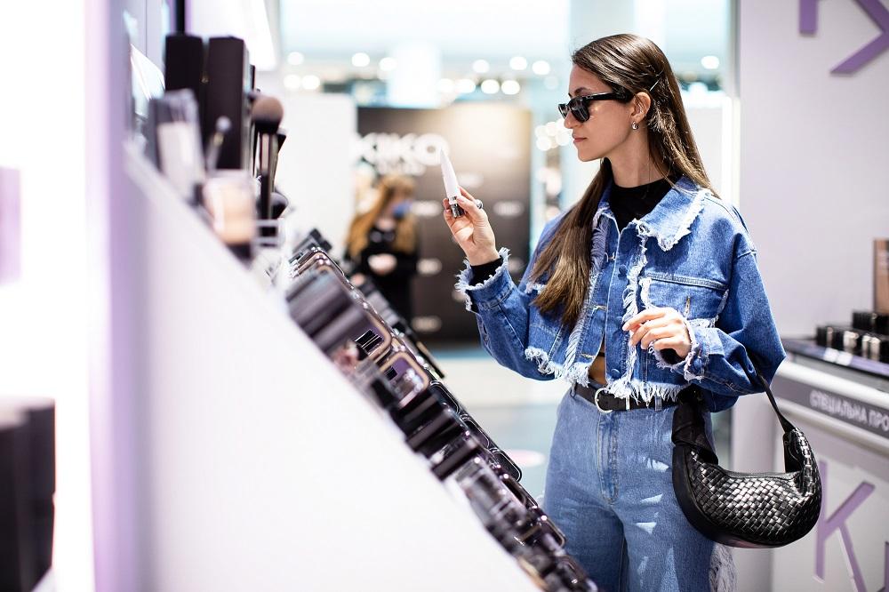 В Україні відкрився перший магазин Kiko Milano-Фото 1