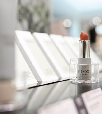 В Україні відкрився перший магазин Kiko Milano-430x480