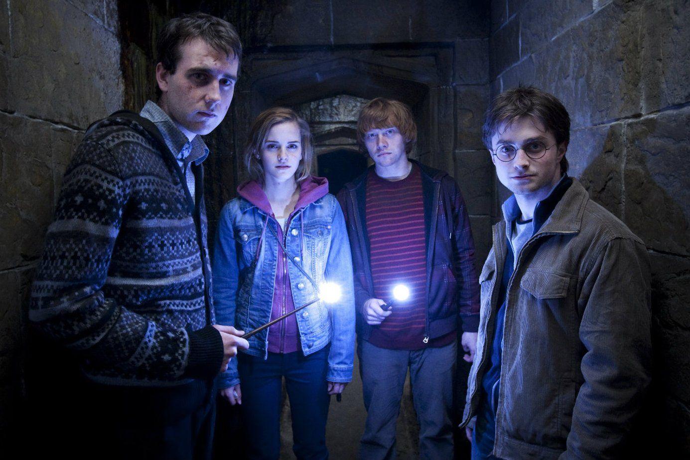 """«Дары смерти"""" на продажу: Лоты со съемок восьмого фильма о Гарри Поттере будут представлены фанатам-Фото 2"""
