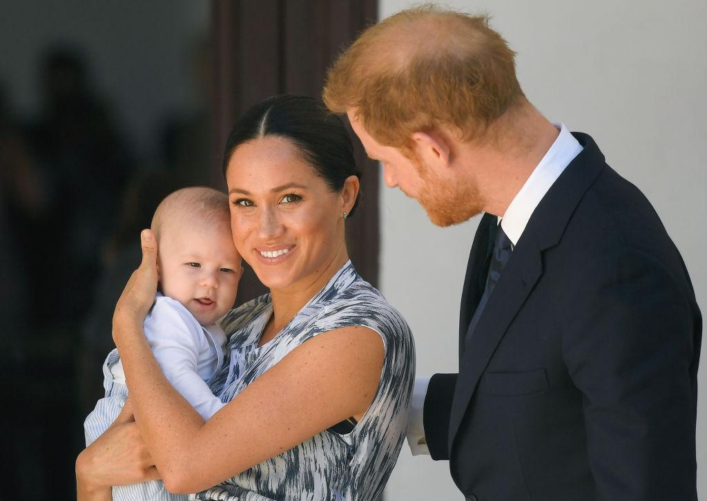Как королевская семья поздравила сына МеганМаркли принца Гарри с днем рождения-Фото 2