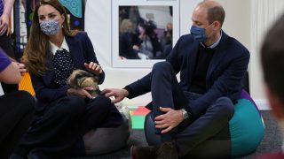 Кейт Миддлтон и принц Уильям появились на публике в парном образе-320x180