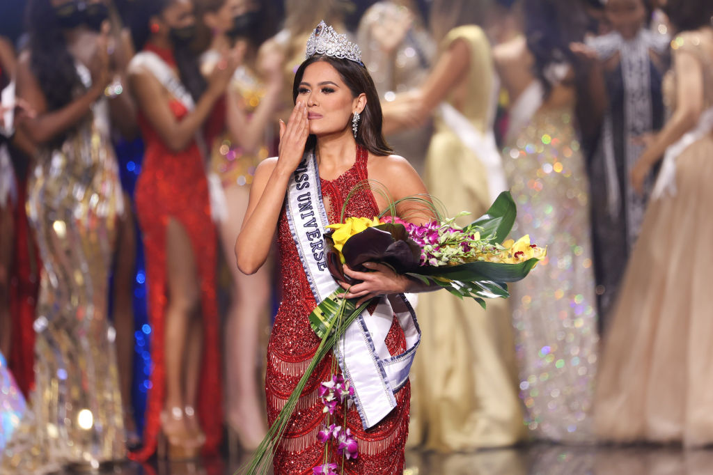 """Названо имя новой """"Мисс Вселенной 2021""""-Фото 1"""