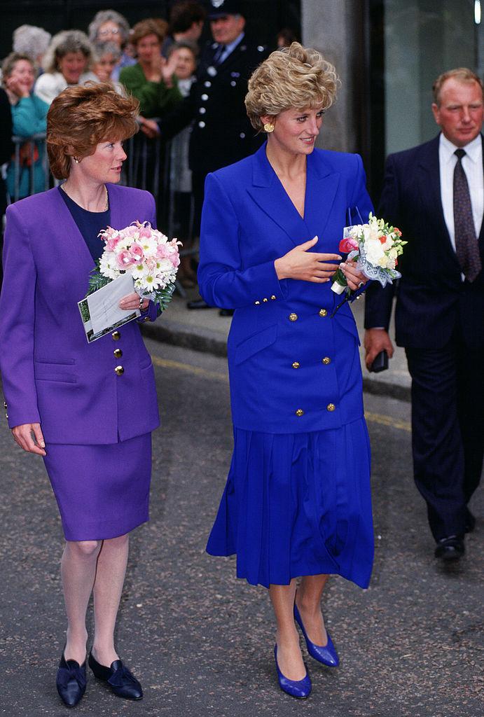 Леди-ночь: Кейт Миддлтон вновь повторила образ принцессы Дианы-Фото 1