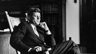 Письма Джона Кеннеди к любовнице будут проданы на аукционе-320x180