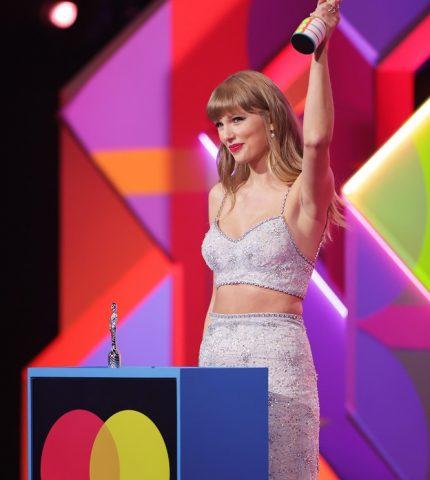 Полный обзор: Красная дорожка BRIT Awards 2021-430x480