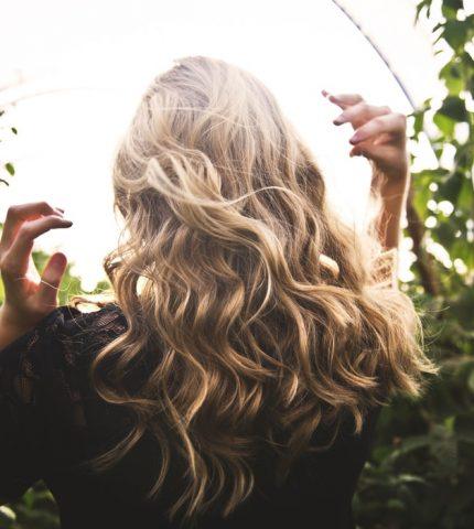 9 причин, чому ти не можеш відростити волосся-430x480
