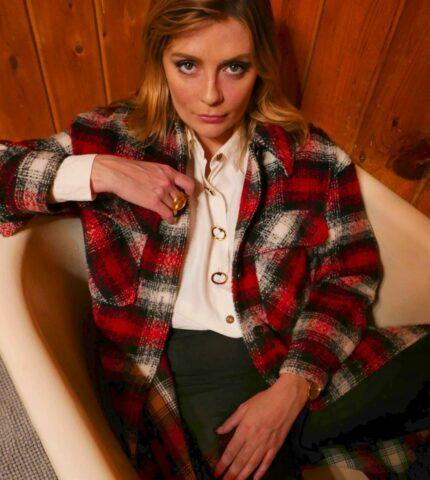 """Миша Бартон рассказала о сексуальномабьюзево время съемок в сериале """"Одинокие сердца""""-430x480"""
