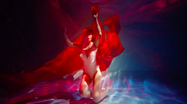 Lilu випустила кліп «Відчуваю», знятий в екстремальних умовах під водою-Фото 2