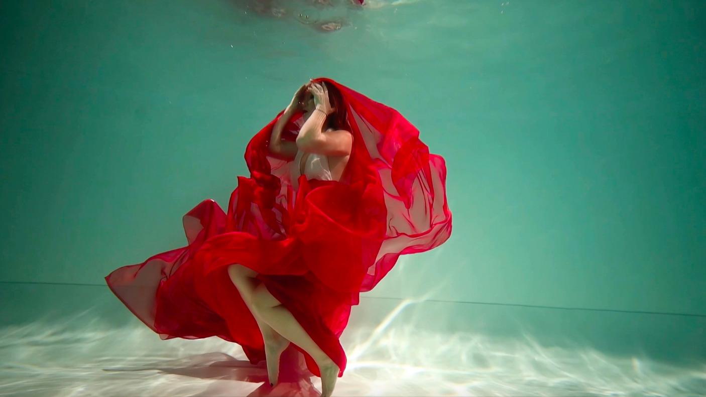Lilu випустила кліп «Відчуваю», знятий в екстремальних умовах під водою-Фото 3