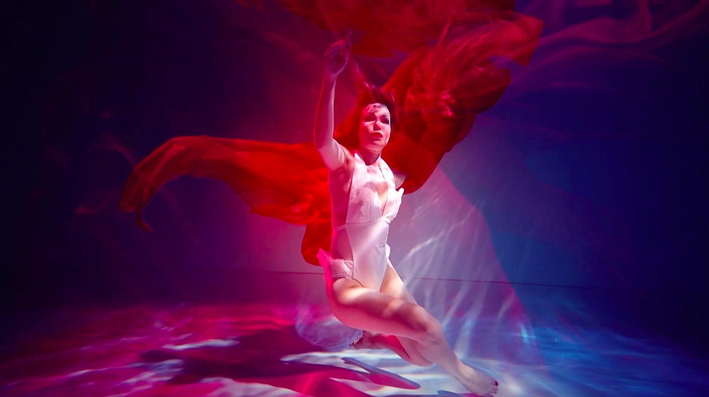 Lilu випустила кліп «Відчуваю», знятий в екстремальних умовах під водою-Фото 1