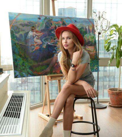 Знаменитая художница украинского происхождения Анна Дианова покоряет мир глобальной социальной миссией своих картин-430x480