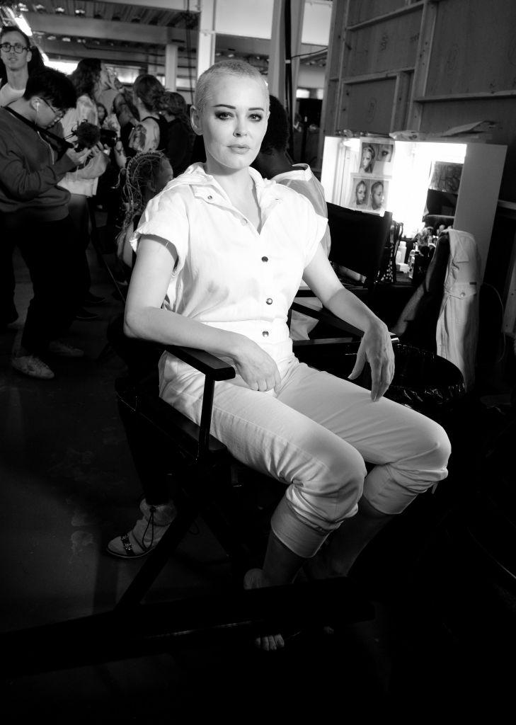 """Звезда сериала """"Все женщины ведьмы"""" РоузМакгоуэнрассказала о борьбе с депрессией-Фото 1"""