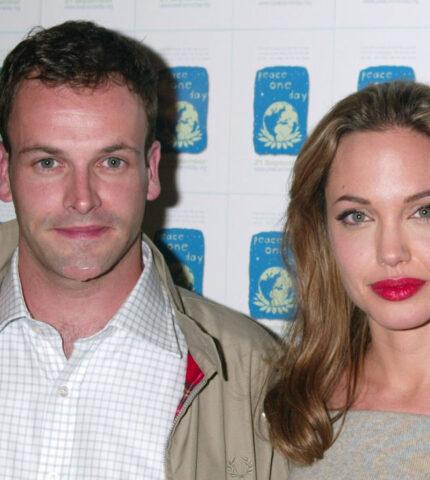 Сезон ностальгии: Ходятслухи, что Анджелина Джоли встречается с бывшим мужем-430x480