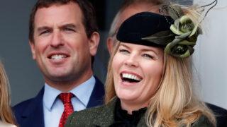 Королевский развод: Внук Елизаветы II финализировалрасставаниес супругой-320x180