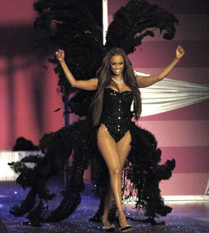 """Экс-""""ангел"""" Victoria's Secret Тайра Бэнкс прокомментировалаперемены в стратегии бренда-430x480"""