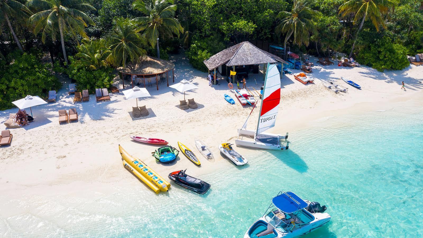 Все найкраще, що є на Мальдівах. Розкішний готель «all inclusive» Lily Beach Resort & Spa-Фото 1