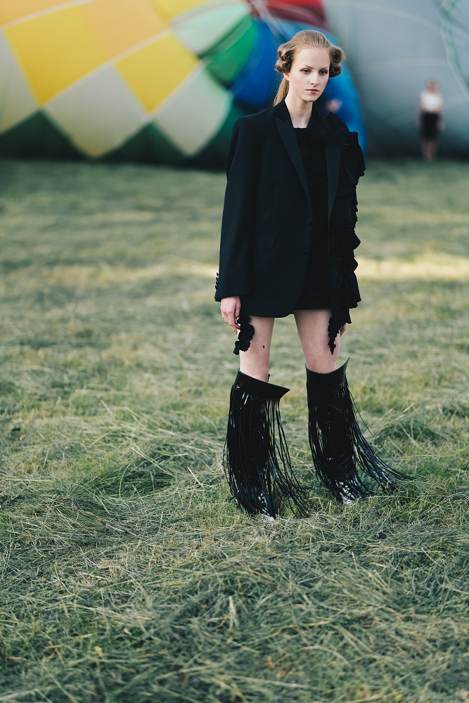 Українська Каппадокія: Жан Гріцфельдт представив fashion-колекцію на фестивалі повітряних куль-Фото 6