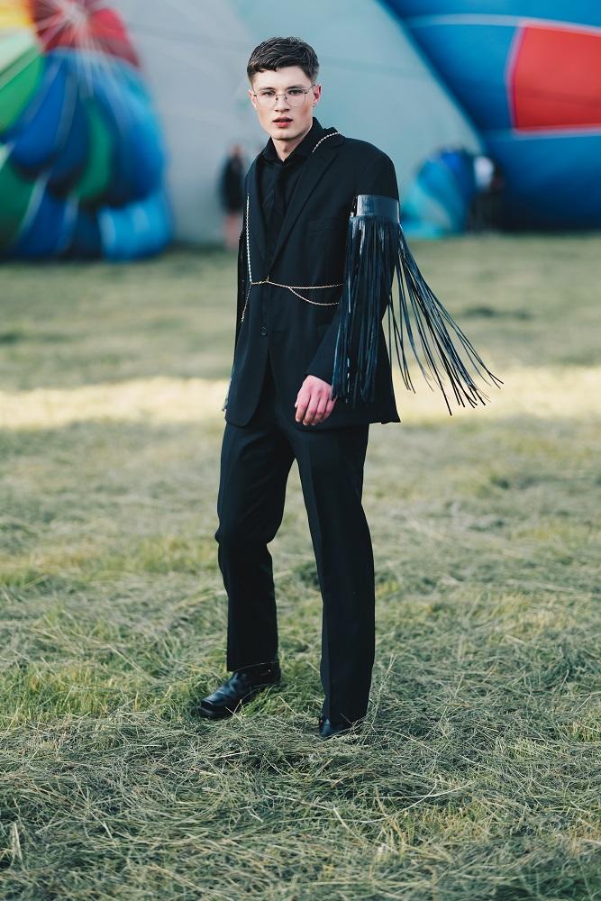 Українська Каппадокія: Жан Гріцфельдт представив fashion-колекцію на фестивалі повітряних куль-Фото 5