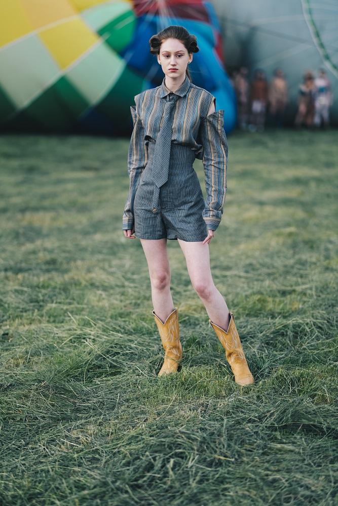 Українська Каппадокія: Жан Гріцфельдт представив fashion-колекцію на фестивалі повітряних куль-Фото 4