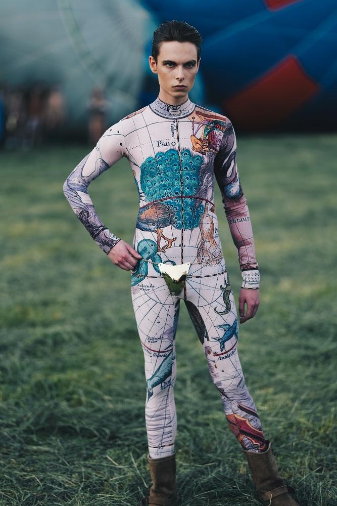 Українська Каппадокія: Жан Гріцфельдт представив fashion-колекцію на фестивалі повітряних куль-Фото 3