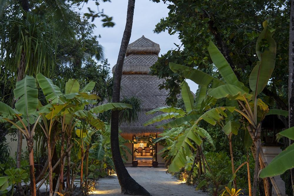 Смак до життя: Поласувати аутентичною азійською кухнею в розкішному готелі Emerald Maldives Resort & Spa-Фото 3