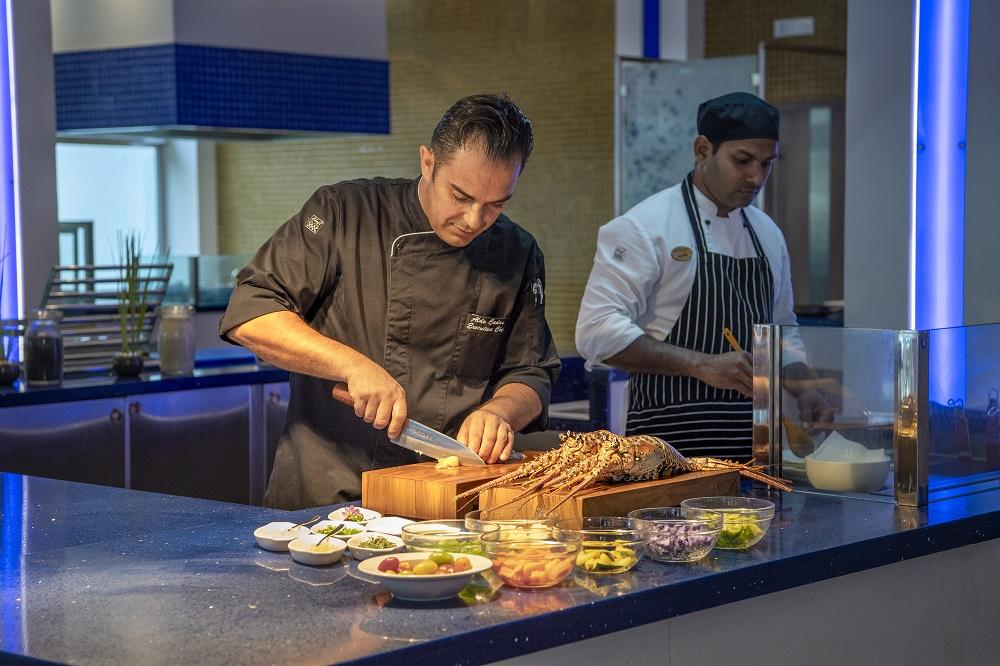 Смак до життя: Поласувати аутентичною азійською кухнею в розкішному готелі Emerald Maldives Resort & Spa-Фото 5