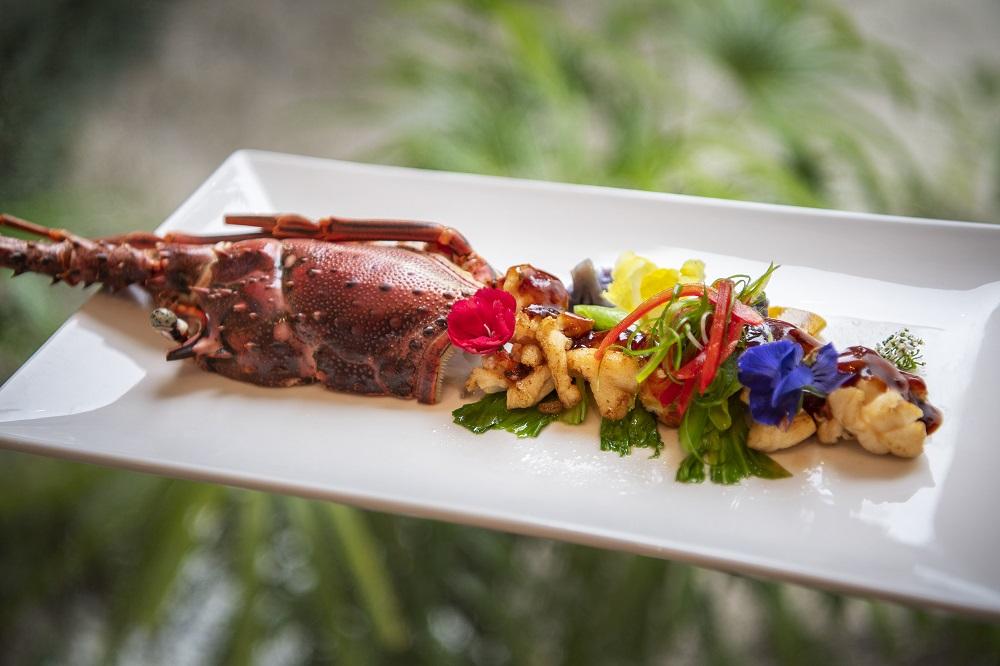 Смак до життя: Поласувати аутентичною азійською кухнею в розкішному готелі Emerald Maldives Resort & Spa-Фото 7