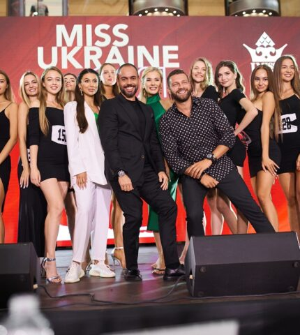 Рекордна кількість дівчат взяли участь у кастингу «Міс Україна» у Києві-430x480