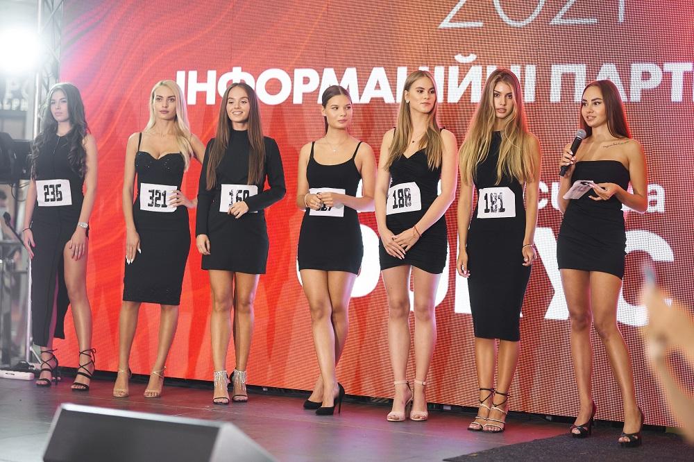 Рекордна кількість дівчат взяли участь у кастингу «Міс Україна» у Києві-Фото 3