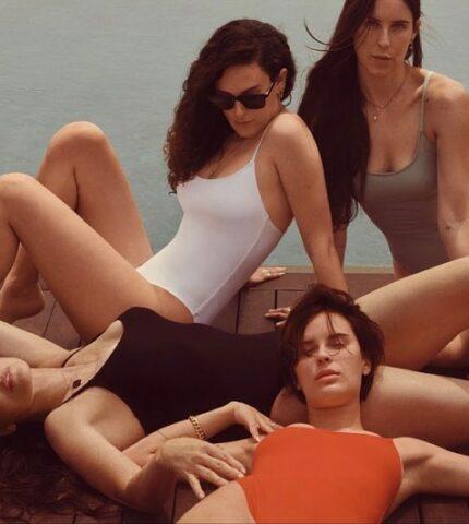 Деми Мур позирует для рекламной кампании купальников вместе с тремя дочерями-430x480